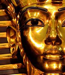 El faraón más mediático llega al Museu Egipci