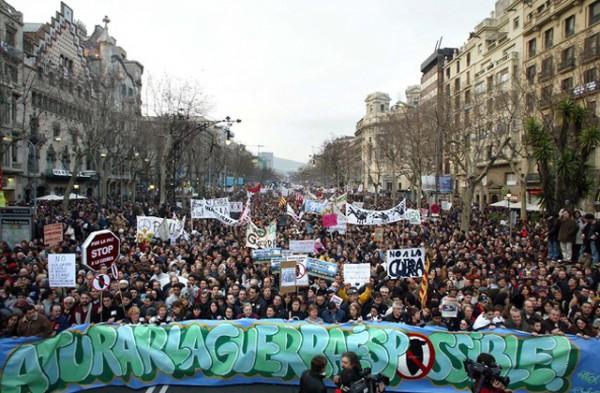 no-a-la-guerra-passeig-de-gracia-barcelona1