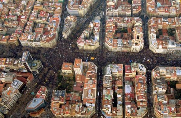 no-a-la-guerra-passeig-de-gracia-barcelona3