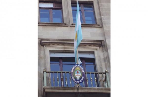Balcones-diplomaticos-en-el-Paseo-de-Gracia6