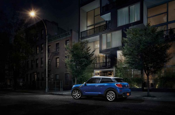 mini-paceman-club-barcelona-paseo-de-gracia-1