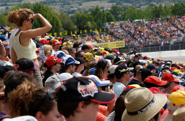 gran-premio-aperol-de-catalunya-motociclismo-circuit-de-catalunya-paseo-de-gracia-2