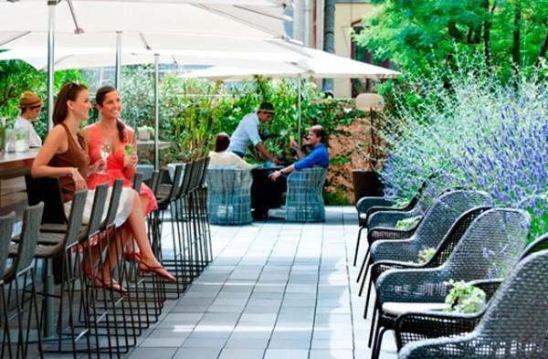 a-vista-de-hotel-barcelona-terrazas-verano-paseo-de-gracia-mandarin-oriental