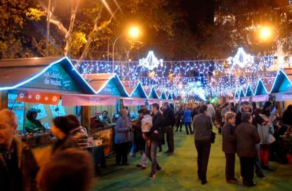 fira-solidaria-passeig-de-gracia-nadal-1