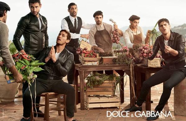 familia-dolce-gabbana-primavera-verano-coleccion-2014-paseo-de-gracia-2