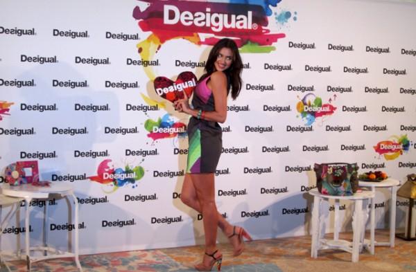 irina-shayk-desigual-desfile-080-barcelona-fashion-1