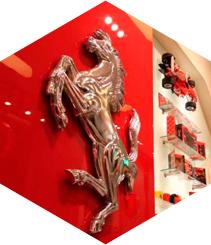 12 millones por la tienda Ferrari