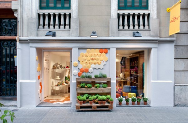 cristina-castañer-tienda-de-alpargatas-en-barcelona-1