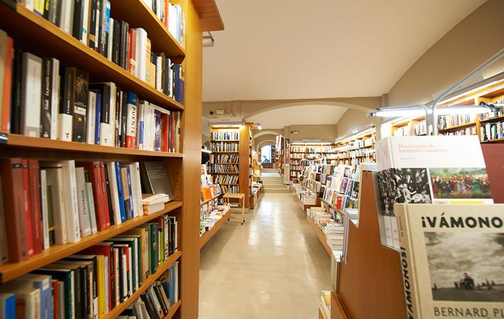 laie-libreria-paseo-de-gracia-barcelona-4