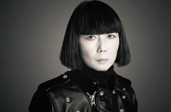 louis-vuitton-and-rei-kawakubo-celebrates-monogram-for-limited-edition-collection-2