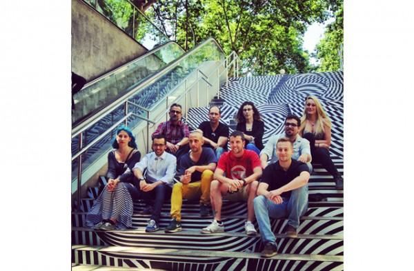 swab-stairs-2014-jovenes-estudiantes-disenan-escaleras-metro-barcelona-4