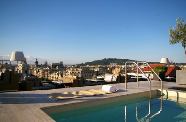 yoga-en-la-terraza-del-hotel-majestic-paseo-de-gracia-2