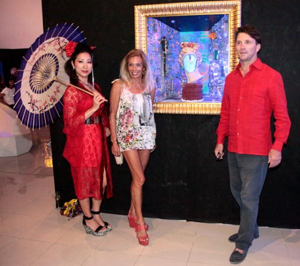 evento-b12-gallery-en-ibiza-by-carlos-martorell-principe-filipo-dell-drago-y-duquesa-sylvia-serra-di-cassano-2