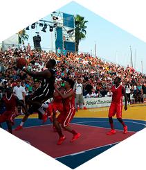 Celebritats i molt de joc al World Bàsquet Festival