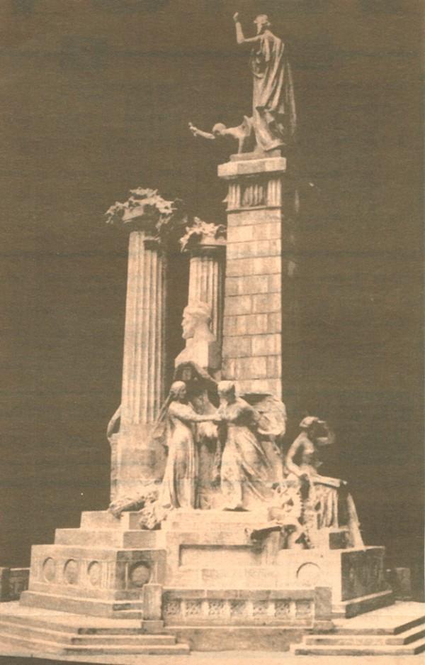 historia-la-plaza-del-cinc-doros-pi-i-margall-victoria-joan-carles-paseo-de-graica-3