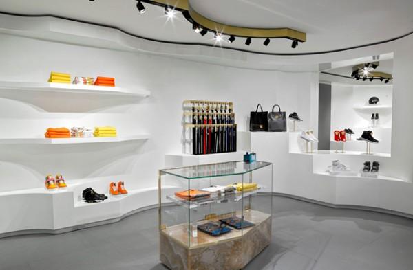 versace-store-barcelona-paseo-de-gracia-1