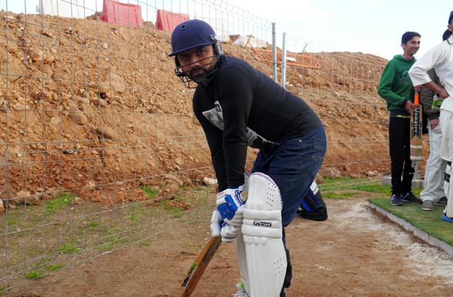 cricket barcelona paseodegracia 3 Fiebre Blanca