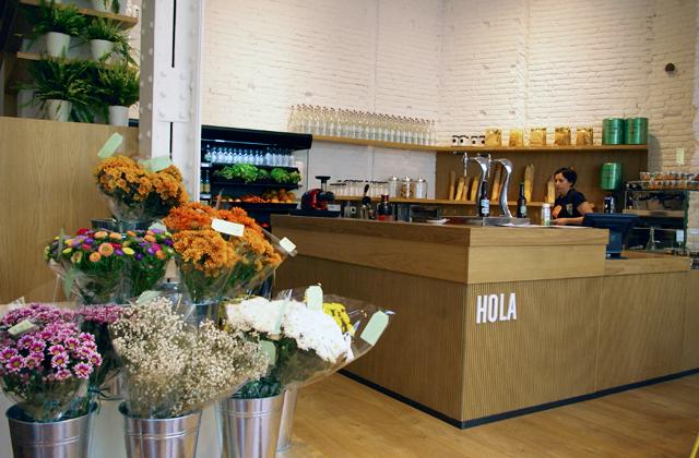feeld organic barcelona paseodegracia cafeteria 2 Somos productores de comida orgánica, no consumidores