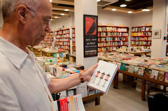 """POP9435FET """"Aquí els llibres tenen tots la mateixa oportunitat, i això les noves tecnologies ho han matat"""""""
