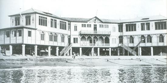 112 La Escola del mar