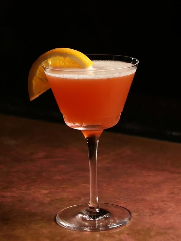 Sun-Kissed, con vermut negre y zumo de naranjas de Valencia