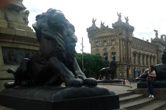26 Colón, monumento y enigma