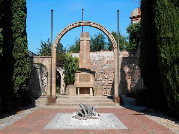 14 Arte público en la Barcelona Franquista