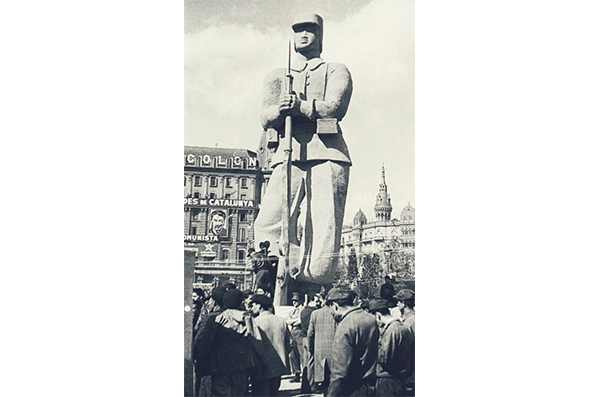 8 Arte público en la Barcelona Franquista