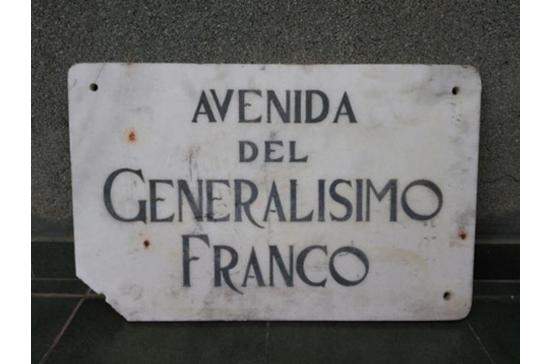 b2 EL NOMENCLÁTOR DEL FRANQUISMO