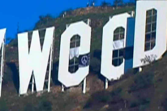 170101145819 hollywood sign prank hollyweed 00004222 exlarge 169 De Hollywood  a Hollyweed