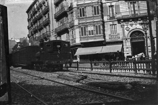 4b El ferrocarril de Sarrià, lentamente queriendo ir más rápido