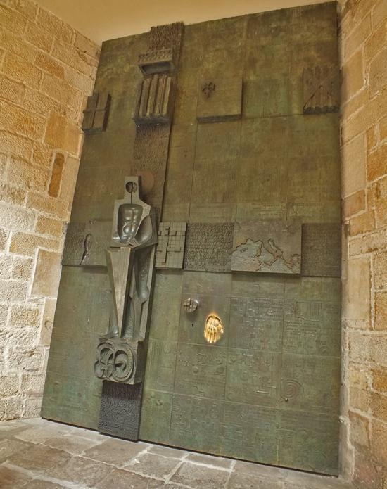 10 ¿Quién fue Sant Jordi? Los monumentos de Barcelona te lo recuerdan