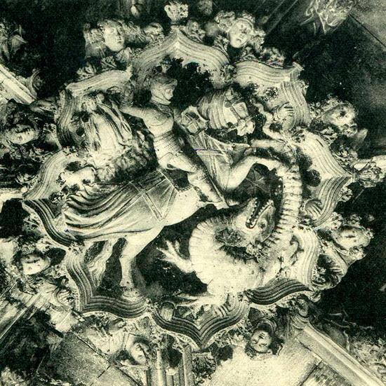 2 ¿Quién fue Sant Jordi? Los monumentos de Barcelona te lo recuerdan