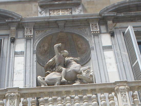 3 ¿Quién fue Sant Jordi? Los monumentos de Barcelona te lo recuerdan