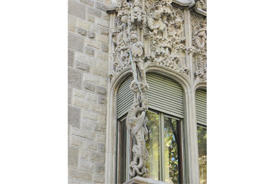 5 ¿Quién fue Sant Jordi? Los monumentos de Barcelona te lo recuerdan
