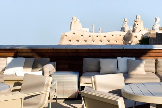 omm Los 9 mejores rooftop bars de Barcelona