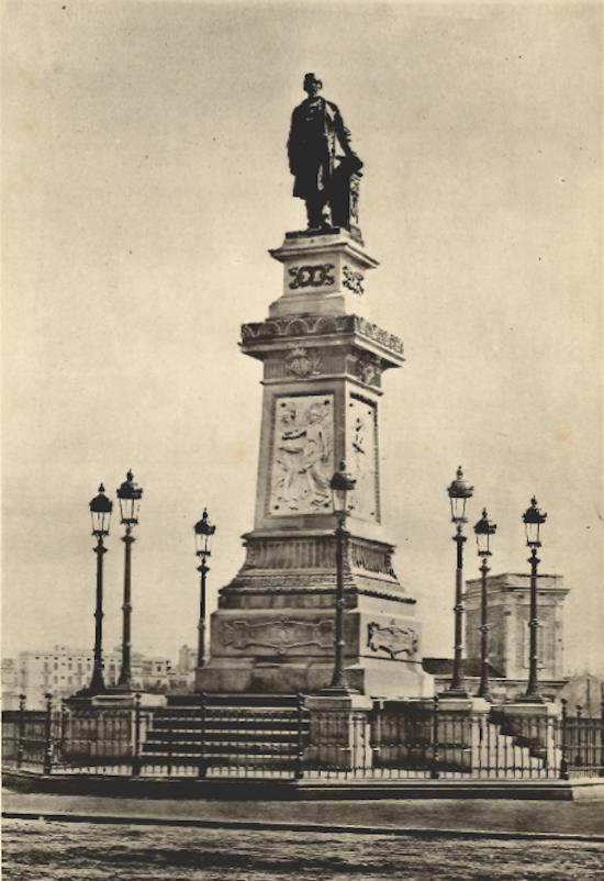 4 A López y López, el monumento y el libro de su cuñado