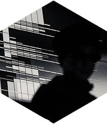Ryoki Ikeda presenta en L'Auditori un show de techno y arte multimedia