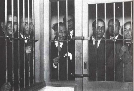 10 Generalitat recuperada, república y democracia