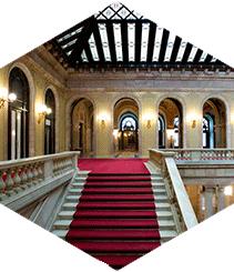 Parlament de Catalunya, de ciudadela militar a epicentro democrático