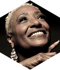 La voz del soul Martha High actúa este domingo en Marula