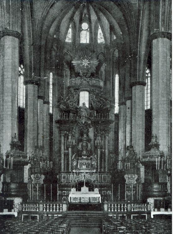 9 Santa María del Mar... antes de La Catedral del Mar