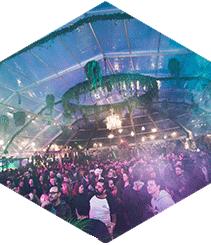 Hivernacle Pop Up Club vuelve a llenar el Poble Espanyol de techno