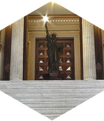 Barcelona también tiene una estatua de la libertad
